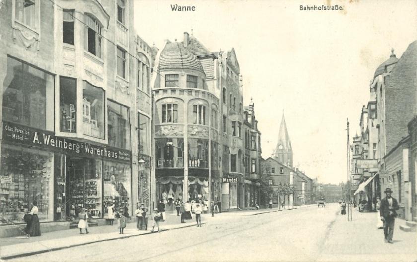 Außenansicht des Warenhauses Weinberg in Wanne. Zinkfabrik Altenberg